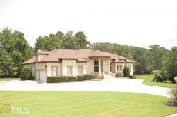 Main picture of House for rent in Loganville, GA